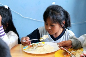 Quito Kids receive nutritous meals