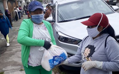 Emergency Food Provided to Quito Dump Community