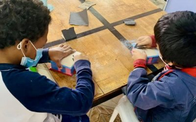 Quito Dream Center Kids Get Crafty